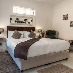 african home guest house, sea point, cape town, promenade, cape tourism, western cape, rentals, bed & breakfast, accommodation, where to stay, lions head, ocean view